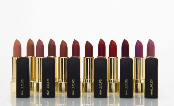 horizontal view of all the lipsticks