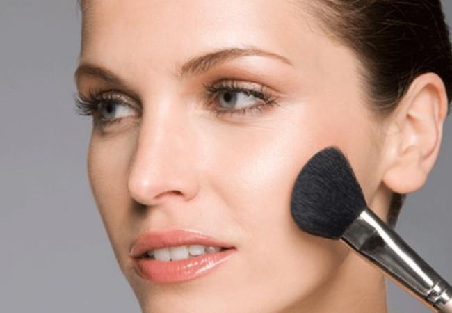 Highlighter Makeup- Best Way to Highlight