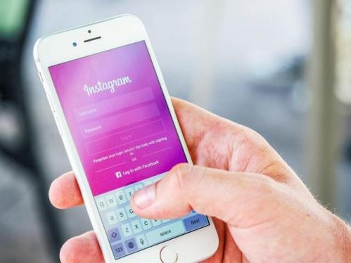 Is Social Media good or bad? Especially for Teens